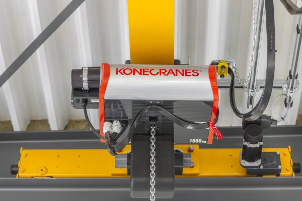 <p>Konecranes new CLX chain hoist crane, available from 500kg to 5t lifting capacity. © Konecranes</p>
