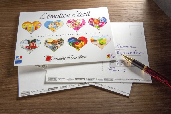 <p>During the second half of the year, the Union Professionnelle de la <em>Carte Postale</em> (UPCP) plans to distribute more than half a million postcards to French schools so pupils can learn the value of writing by hand. © Iggesund</p>