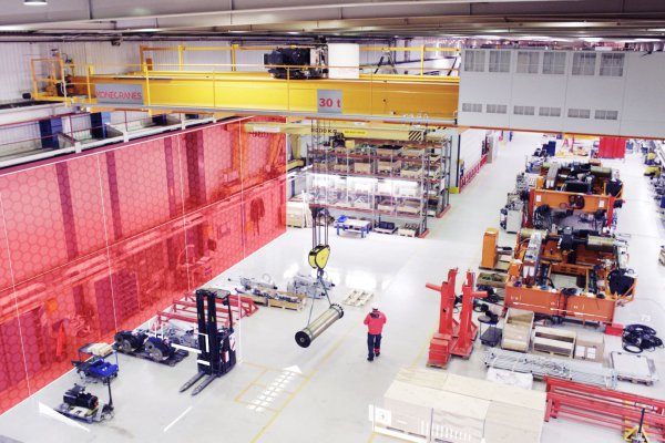 "<p>SMARTON operating with Smart Feature ""Working Limits"" builds temporary ""virtual walls"" at which the crane is designed to stop automatically. © Konecranes</p>"