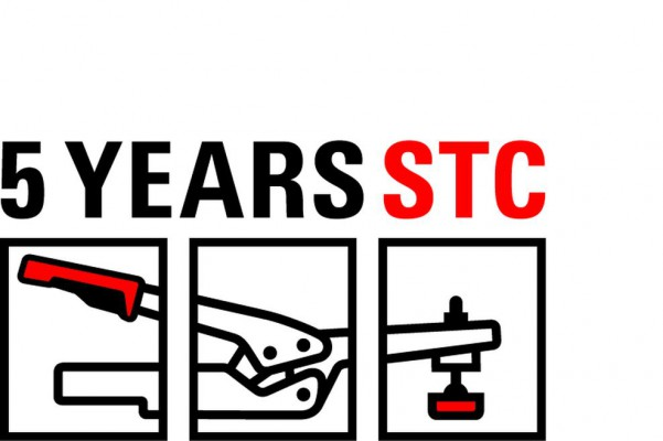 <p>Anniversary logo to mark the 5th anniversary of BESSEY toggle clamps. ©BESSEY Tool GmbH &amp; Co. KG</p>