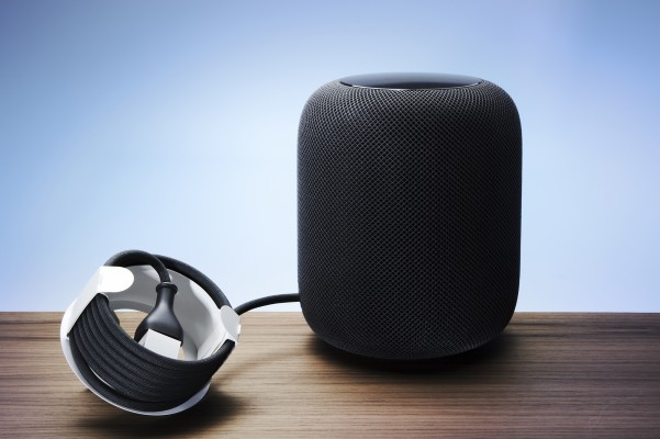 <p>The cord holder for Apple's smart speaker HomePod, which was launched at the beginning of 2018, is a clear example of the trend to replace plastic with paperboard. Ten years ago plastic would have been the obvious choice – but not today.</p>